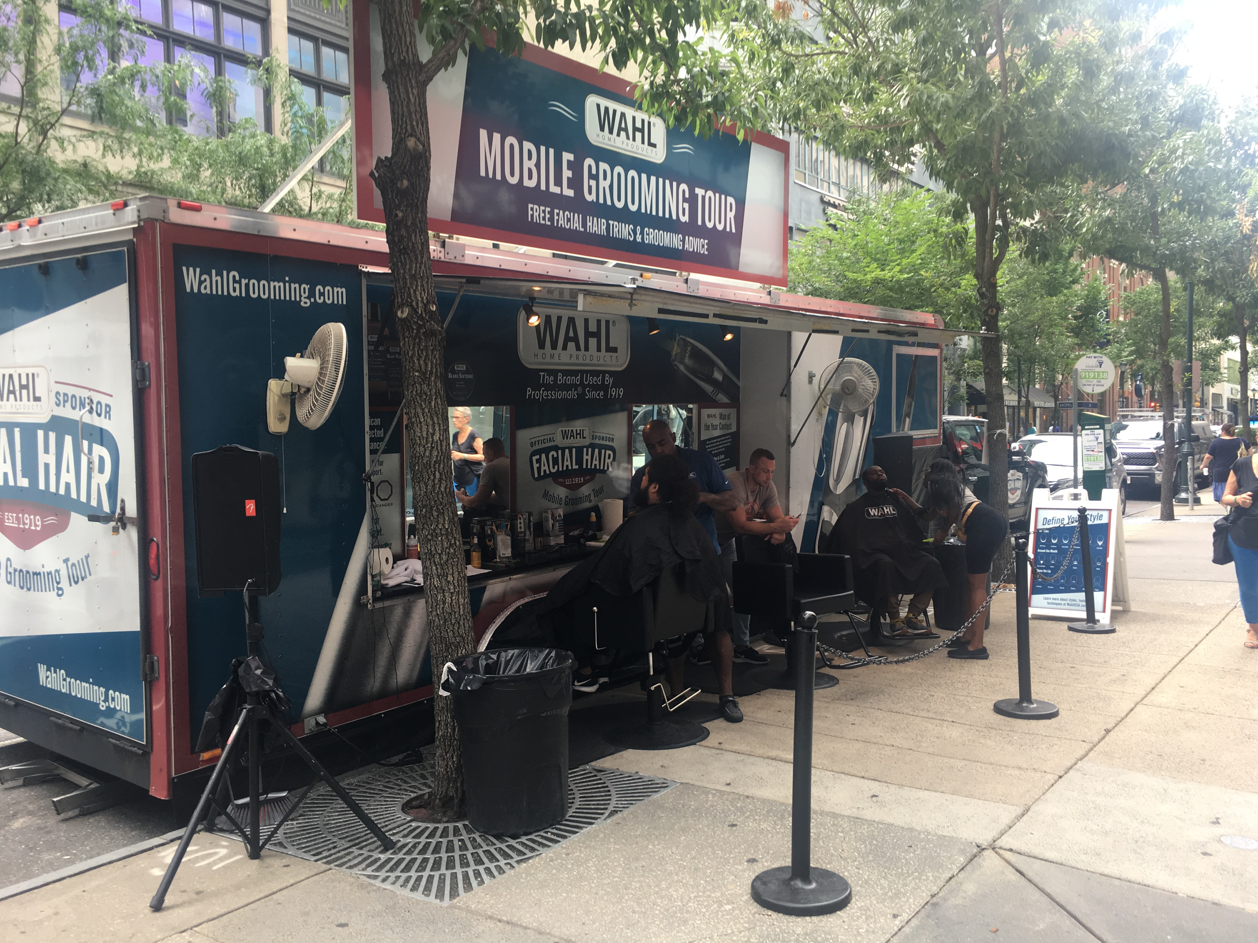 Wahl Grooming Tour at Liberty Place